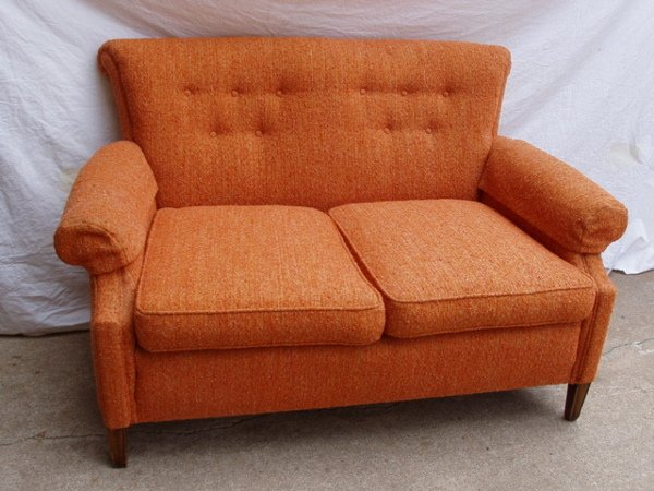 210: Duncan Phyfe Style Love Seat