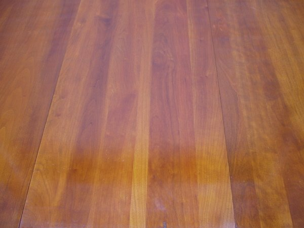 217: Willett Drop-leaf Dining Room Table Cherry - 4