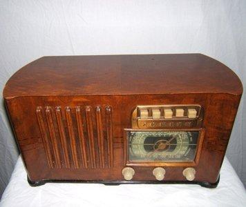 307: Art Deco Zenith Radio