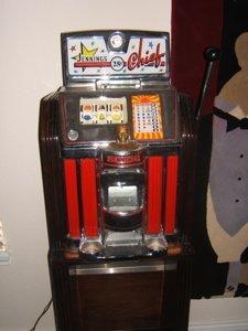 3: Antique Jennings Chief 25 Cent Slot Machine - 10