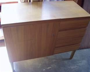 "German Sewing Machine & Cabinet ""Hornmoebel"""