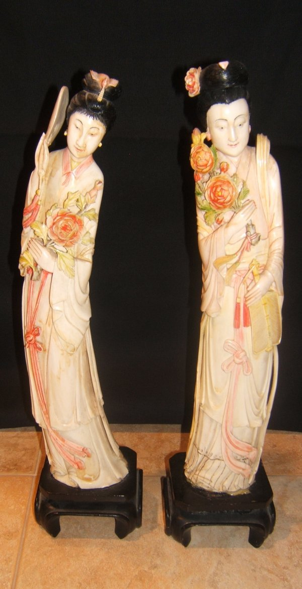 49: Asian Ivory Figures