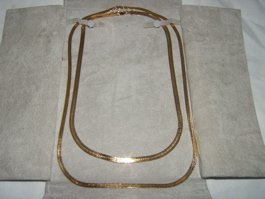 2: 14 kt. Gold Necklace by Rosenzwigs