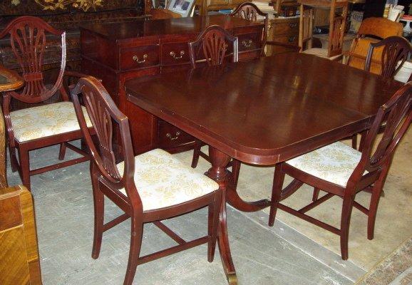 16: Duncan Phyfe Mahogany Dining Room Set