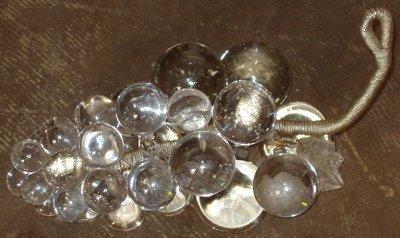 210: Venetian Style Crystal Grapes