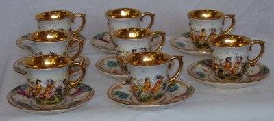 277: 8 Capodimonte Italian Cups and Saucers