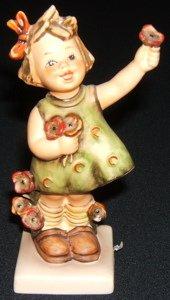 412: Hummel, Goebel Figurine