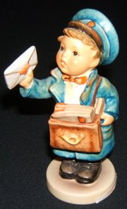 413: Hummel, Goebel Figurine
