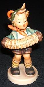 415: Hummel, Goebel Figurine