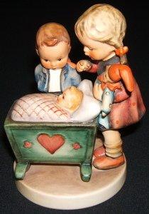 418: Hummel, Goebel Figurine
