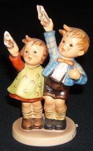 420: Hummel, Goebel Figurine