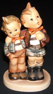 423: Hummel, Goebel Figurine