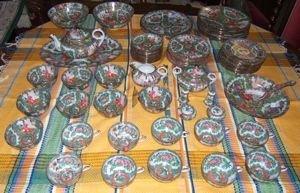 514: Japanese Porcelain China Set Rose Medalion Style