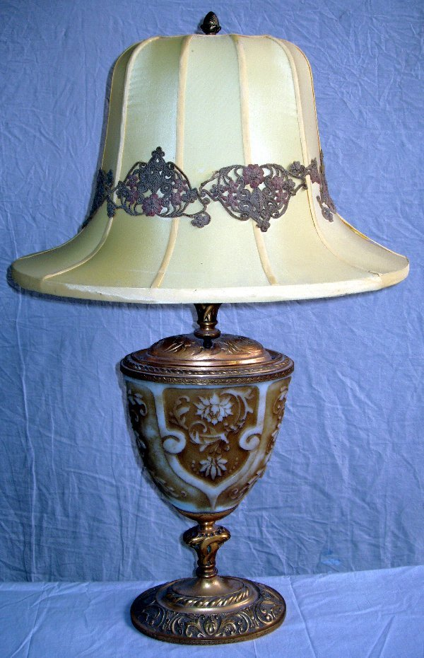 169: Cameo Acid Etched Lamp & Shade