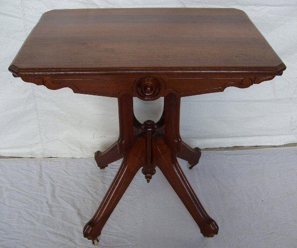 218: Victorian Walnut Parlor Table