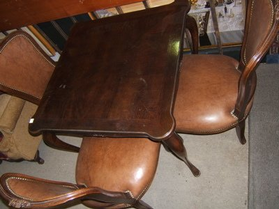 406: Queen Ann Style Game Table & Chairs