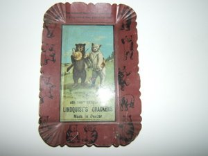 1012: Antique Advertising Tray Bears 1906