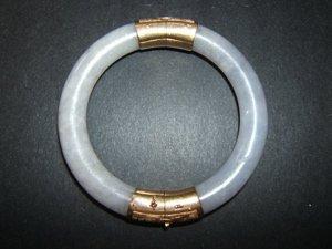 3: 14kt Gold and Jade Bracelet