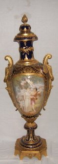 514: Antique French Sevres Palace urn Dore Bronze