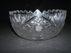 721: Crystal Etched Bowl Russian