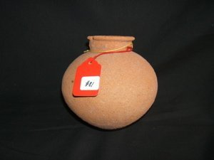 1002: Pre-Columbian Globular Jar