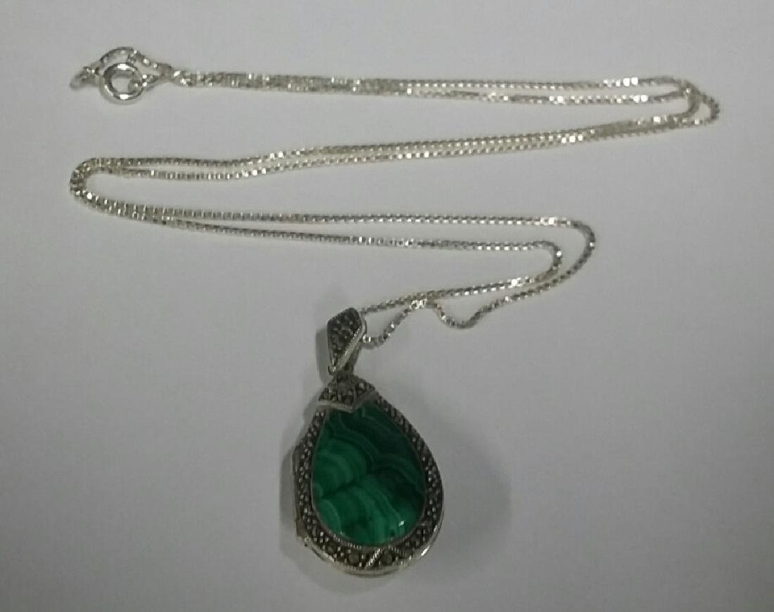 Sterling Silver Necklace & Malachite Pendant