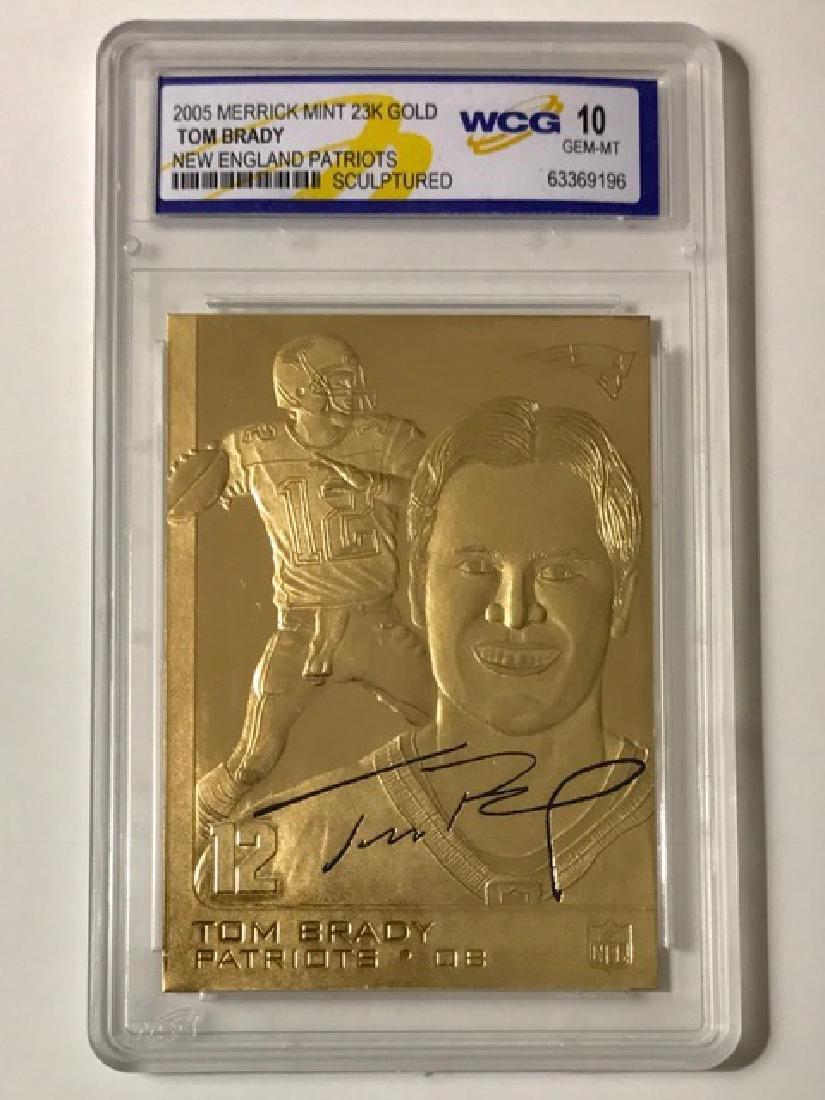 Gem 10 TOM BRADY 23k Gold Sculpture Football Card