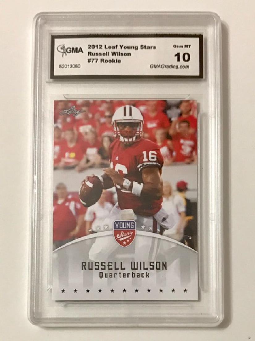Gem Mint 10 RUSSELL WILSON Rookie Football Card