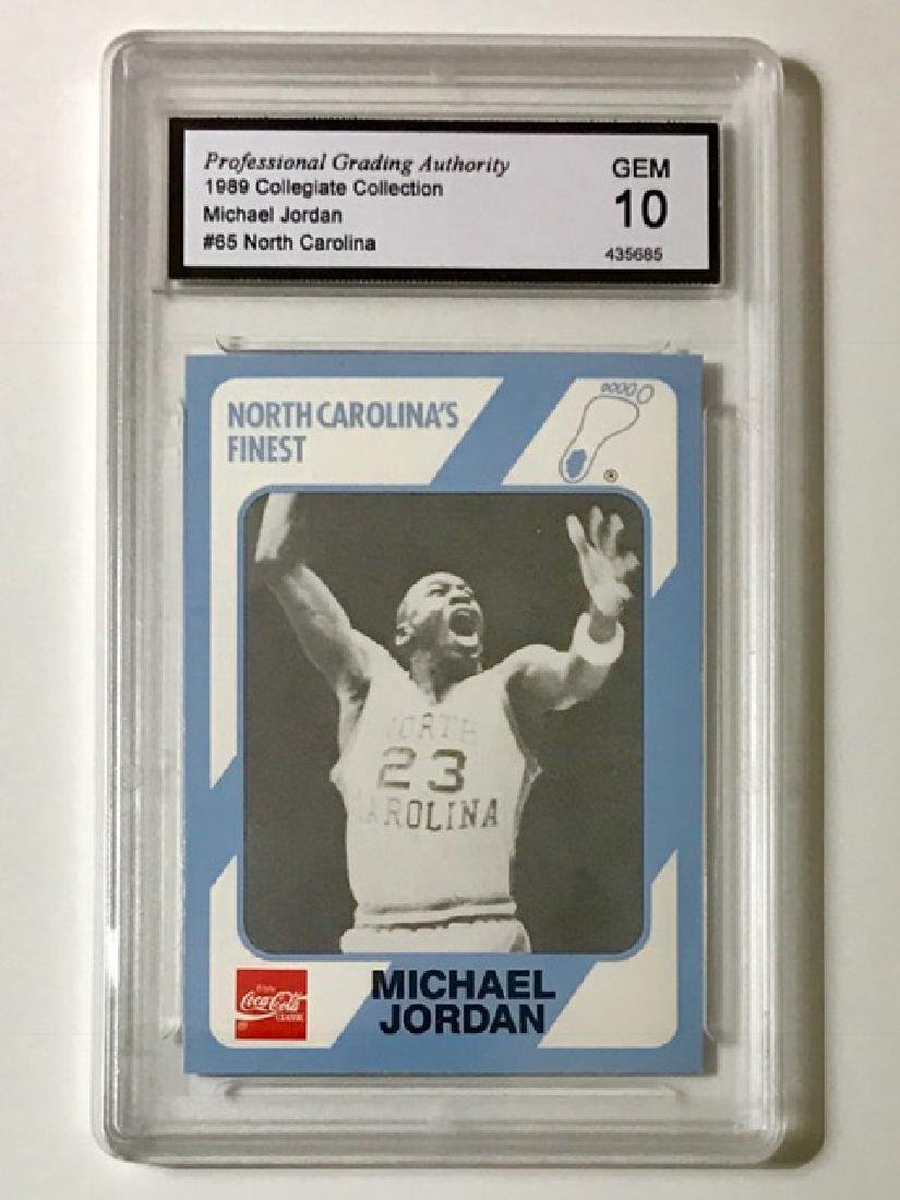 MICHAEL JORDAN Collegiate Rookie Basketball Card
