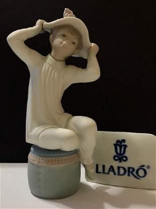 """Retired LLADRO Porcelain Girl Figurine 8"""" Tall"""