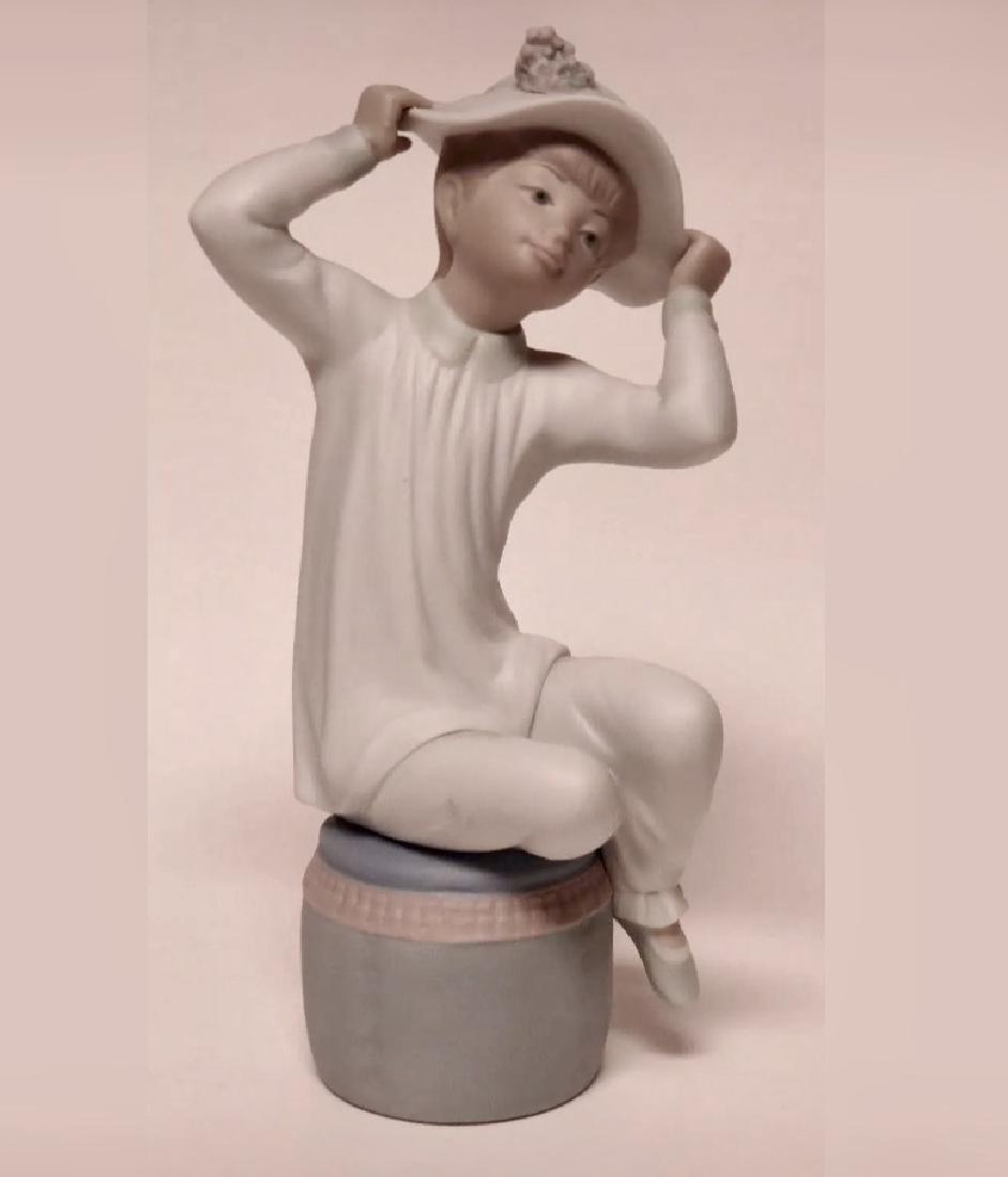 """Retired LLADRO Porcelain Girl Figurine 8"""" Tall - 2"""