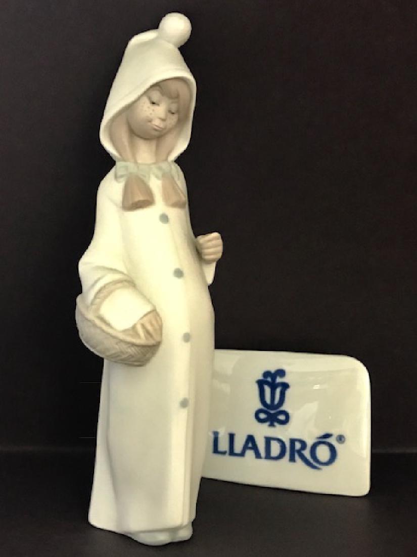 """Retired LLADRO Porcelain Girl Figurine 8.5"""" Tall"""
