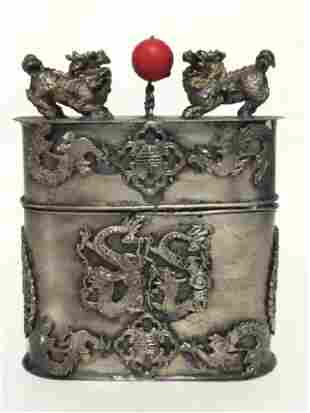 Old Chinese Silver FOO DOG Top Tobacco Snuff Box