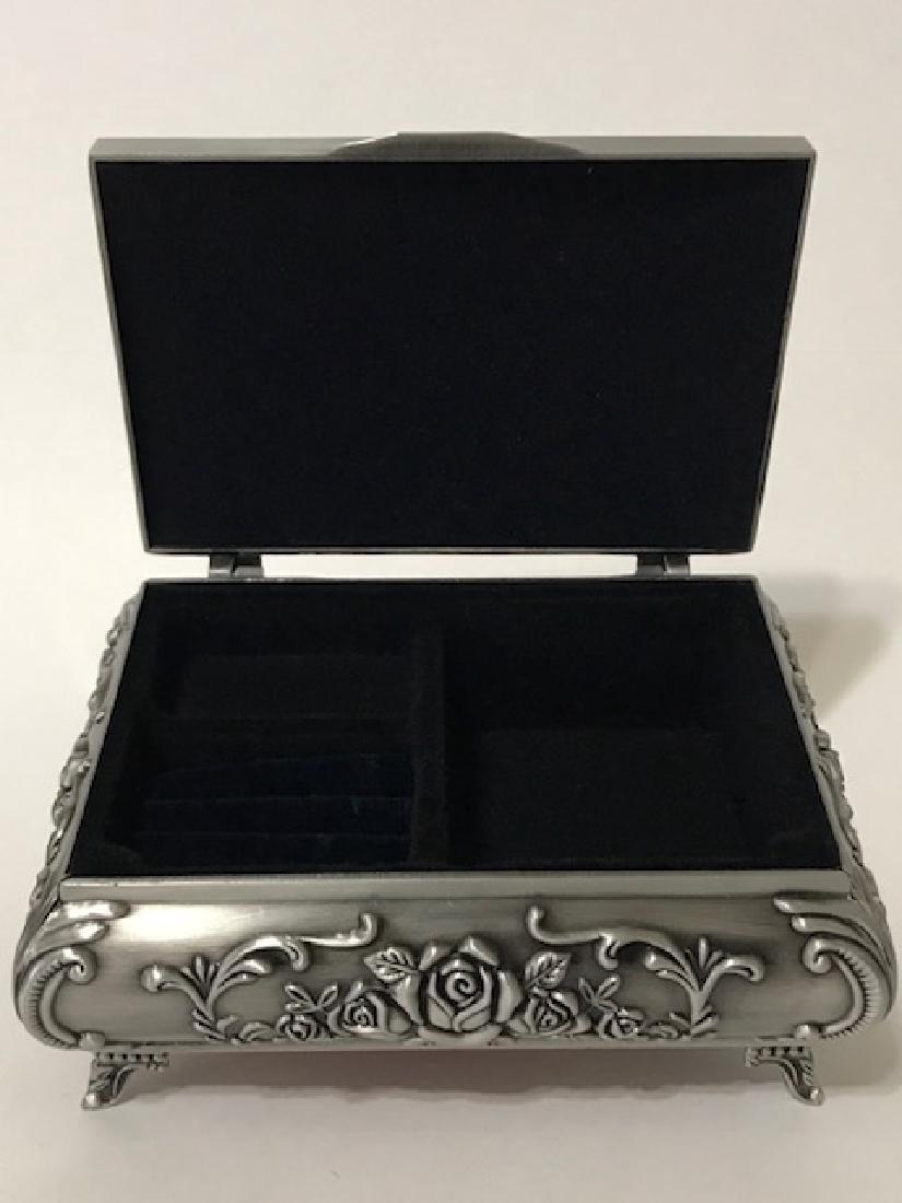 Elegant Victorian style Silver tone Jewelry Box - 2