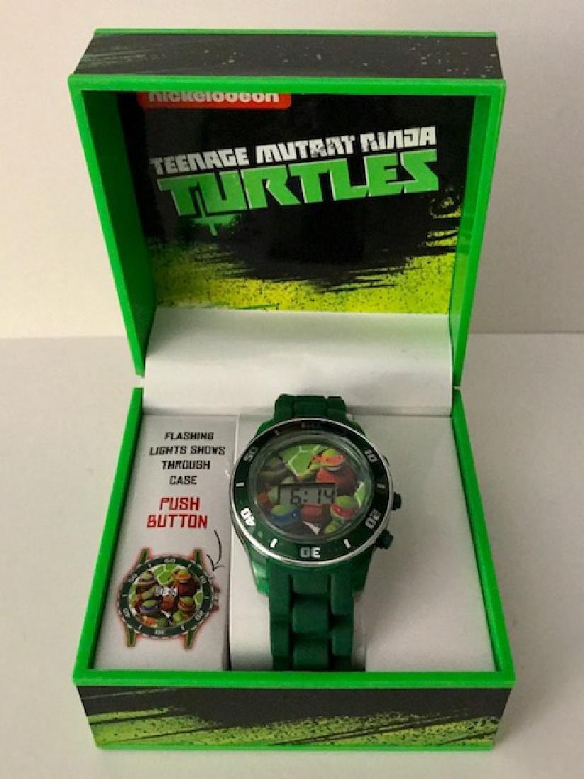 New TEENAGE MUTANT NINJA TURTLES Watch in Box