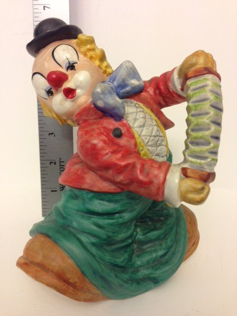 Rare 1971 GOEBEL Porcelain Clown, Nice Large Piece