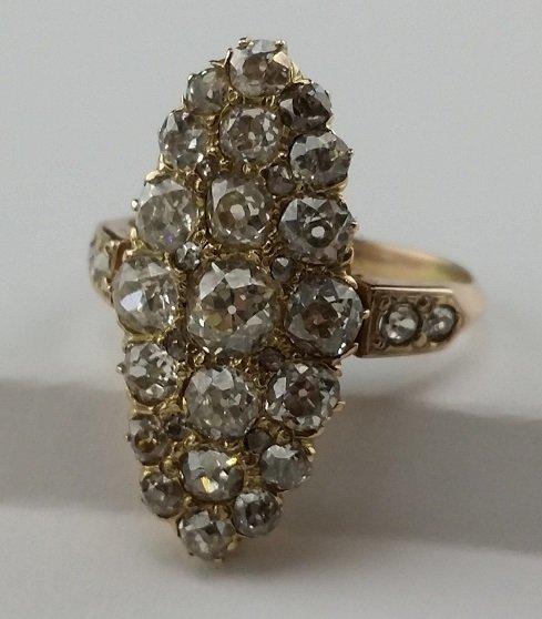 Antique 14kt Diamond Ring