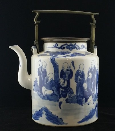 18th Century Chinese Blue & White Cloud Teapot