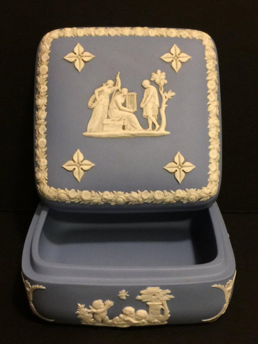 Old WEDGWOOD Blue Jasperware Dresser/Jewelry Box