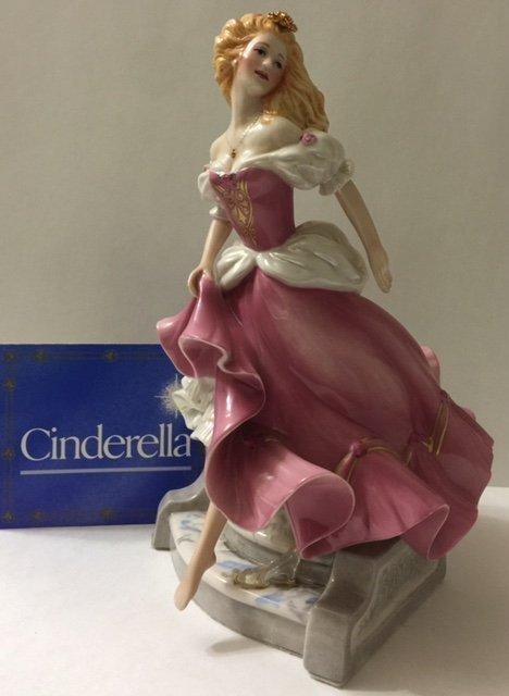 Beautiful Porcelain CINDERELLA by GERDA NEUBACHER