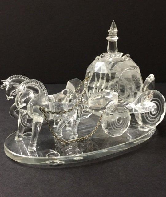 Stunning SHANNON Crystal Cinderella Horse & Buggy
