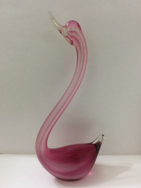 Beautiful Tall Murano Blown Art Glass Swan