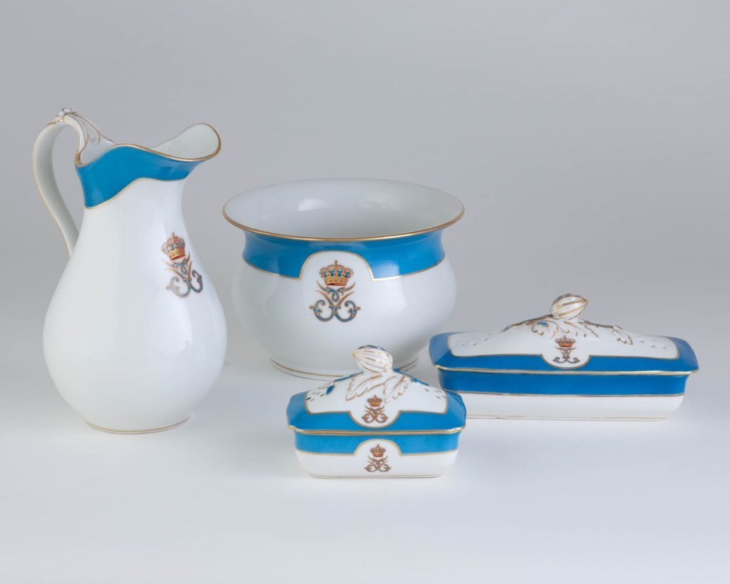 Fine Set of Royal Toilet Accoutrements