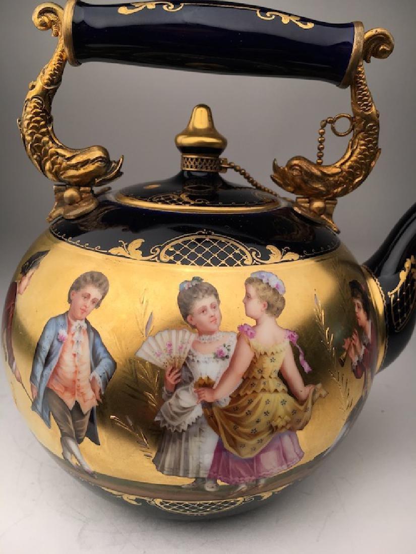Antique Royal Vienna porcelain tea pot painted with - 3