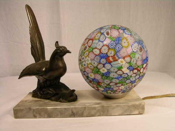 1767: VINTAGE ART DECO LAMP WITH MILLEFIORI SHADE. FIGU