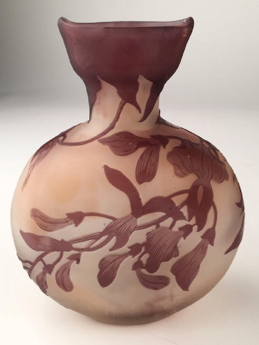 """Galleo cameo vase with large flowers. Signed """"Galle"""" in"""