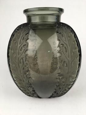 """R. Lalique """"Chardons"""" vase in topaz glass. Circa 1922."""
