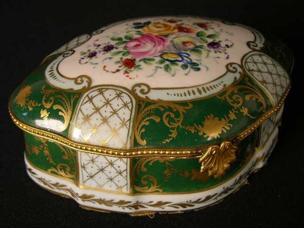 """2031:  """"HAND PAINTED DRESSER BOX. PAINTED WITH FLOWERS"""