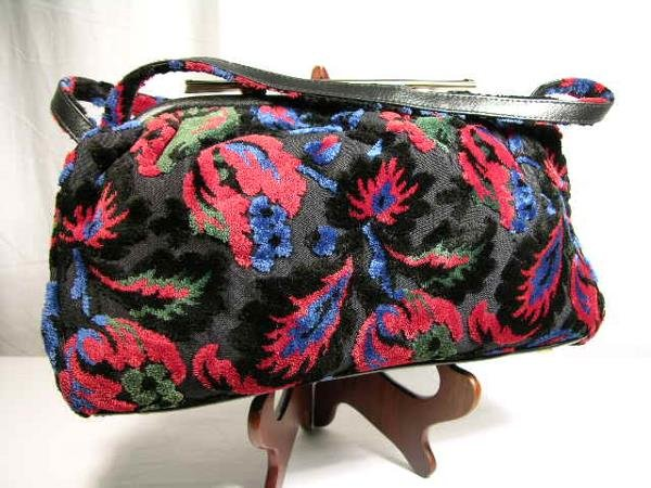 2250: VINTAGE CARPET BAG IN CHENILLE BURN-OUT ON A BLAC