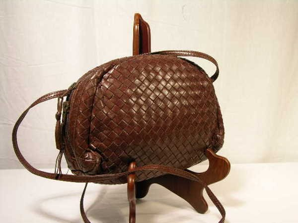 2254: CHOCOLATE BROWN WOVEN  SOFT AND BUTTERY LEATHER S